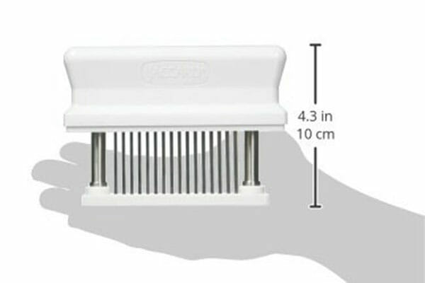 Dimensions of Jaccard-Meat-Tenderizer in relation to the hand